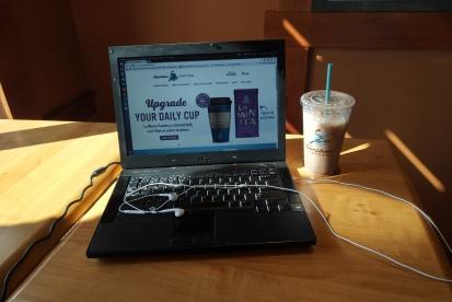 Caribou's free Wi-Fi actually really sucks. Signal strenth -- WEAK!